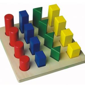 Bậc thang hình học 4 màu