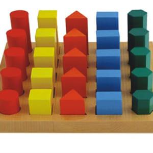 Bậc thang hình học các màu