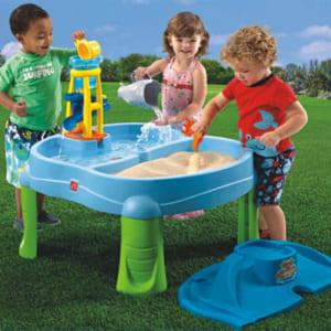 Bàn đồ chơi cát và nước