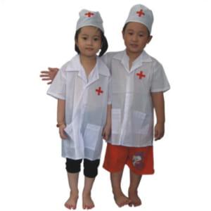 quần áo bác sĩ trẻ em