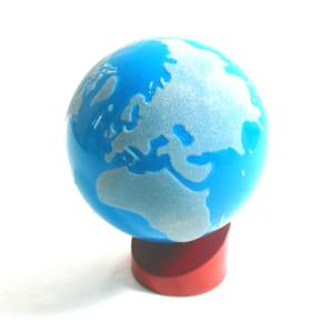 Quả địa cầu các đại dương và đất liền